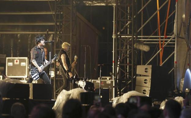 La actuación de Green Day durante el Mad Cool./Efe