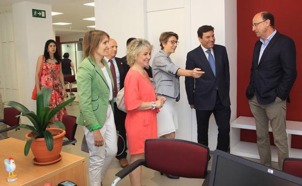 Aguilar estrena su nueva oficina de empleo el norte de - Oficina de empleo leon ...