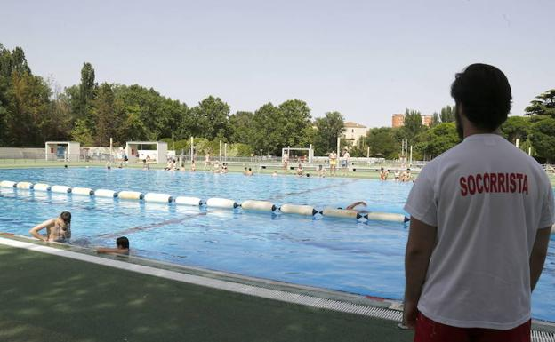 Piscina municipal del Sotillo. /El Norte