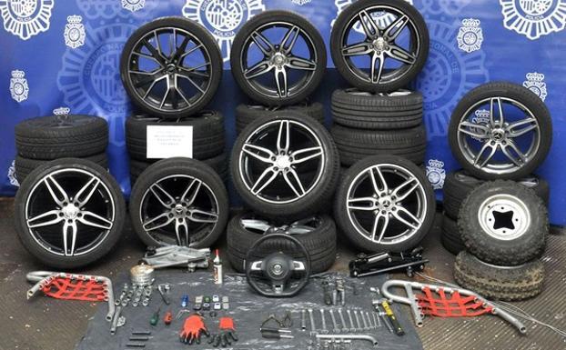 5672dbdce Dos detenidos por los robos de ruedas y volantes en un garaje de Pinar del  Jalón