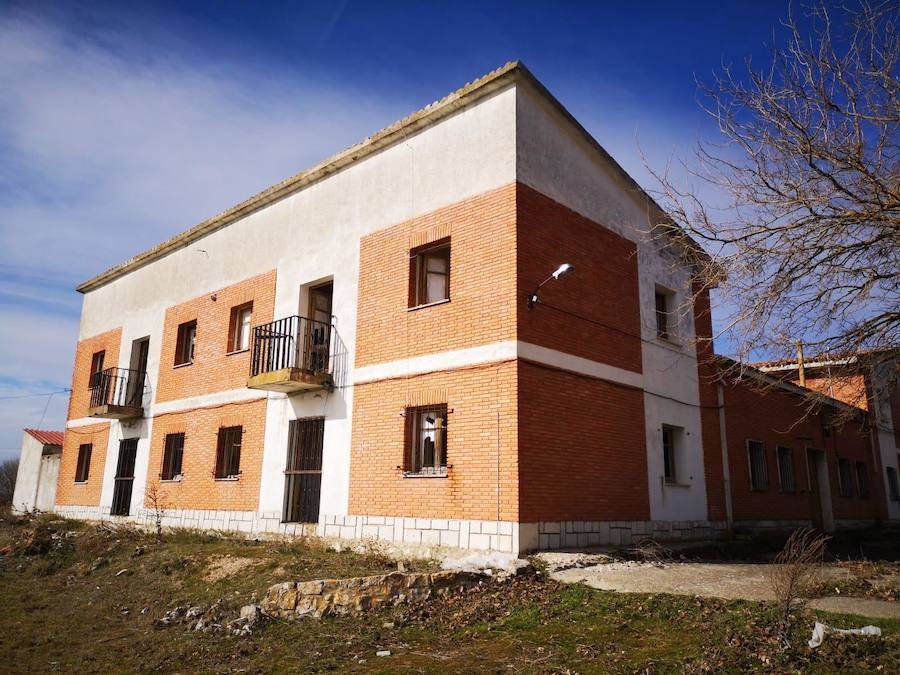 Antiguo cuartel de la Guardia Civil de Montemayor de Pililla.