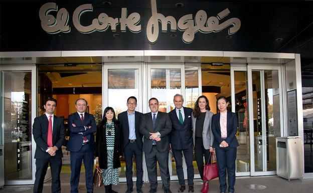 d96731851cd9 El Corte Inglés venderá en AliExpress seis de sus marcas de moda ...