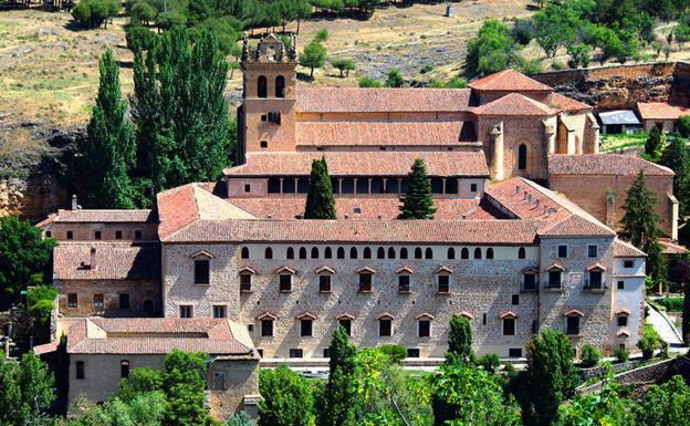 Monasterio de El Parral, donde reside la última comunidad jerónima del mundo. /De Torre