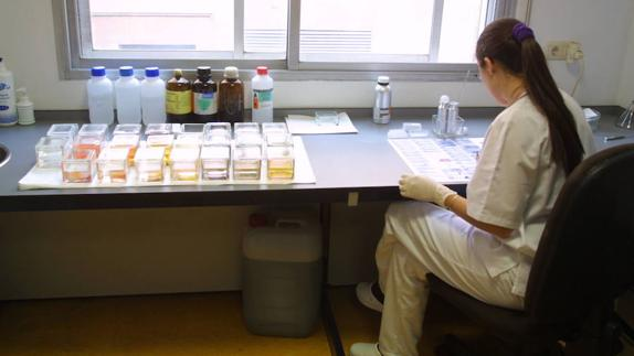 La demora en Anatomía Patológica del Clínico se dispara | El Norte ...